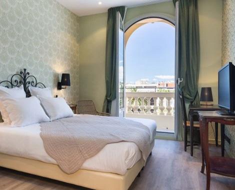 Hotel_Grimaldi_Nice_by_HappyCulture_Chambre_Classique_1920_10-640x377-(1)