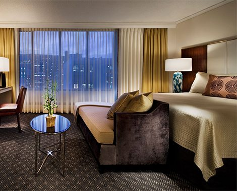 mondtn-omni-mont-royal-guest-room-1